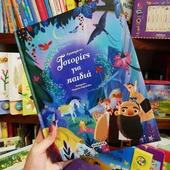 """""""Παγκόσμια Ημέρα Παιδικού Βιβλίου 📚"""" . Η Παγκόσμια Ημέρα Παιδικού Βιβλίου γιορτάζεται κάθε χρόνο στις 2 Απριλίου, την ημέρα που γεννήθηκε ο μεγάλος Δανός παραμυθάς Χανς Κρίστιαν Άντερσεν και καθιερώθηκε από τη Διεθνή Οργάνωση Βιβλίων για τη Νεότητα (Ιnternational Board on Books for Young People – ΙΒΒΥ) το 1966. Σκοπός της: είναι να εμπνεύσει στα παιδιά την αγάπη για το διάβασμα και να κατευθύνει την προσοχή των μεγαλυτέρων στο παιδικό βιβλίο.🧸📖Σε όλες τις χώρες, κάθε χρόνο, τα παιδιά, οι συγγραφείς, οι εικονογράφοι, οι μεταφραστές, οι βιβλιοθηκάριοι, οι εκδότες και οι εκπαιδευτικοί γιορτάζουν την παγκόσμια αυτή ημέρα με διάφορες εκδηλώσεις σε σχολεία, βιβλιοθήκες, βιβλιοπωλεία, πλατείες και άλλους χώρους, δείχνοντας έτσι την αγάπη και το ενδιαφέρον τους για τα βιβλία και το διάβασμα! Μπορεί φέτος οι συνθήκες να μην ευνοούν τον εορτασμό αυτής της ημέρας, όμως εμείς είμαστε εδώ να γιορτάσουμε και να χαρούμε μαζί σας, έστω και υπό αυτές τις συνθήκες.😊 Άλλωστε, όταν διαβάζουμε, το μυαλό μας βγάζει φτερά. Όταν γράφουμε, τα δάχτυλά μας τραγουδούν... Ας ταξιδέψουμε και ας τραγουδήσουμε λοιπόν, μακριά από όλα αυτά που μας βαραίνουν, με την βοήθεια ενός καλού βιβλίου! ✨🌈 . . 🌐 www.psaltou.com ☀️ . . #april2nd #worldbookday #worldbookkids #nationalcelebration #booksforkids #fairytale #faitytales #kidsbooks #booksofinstagram #booksallovertheworld #booksaddict #bookstories #booksbooksbooks #bookstack #psaltoubookstore #psaltou #bookstore #bookstoreskilkis #kilkiscity #eshop #shoponline #shopnow #shopfromhome"""